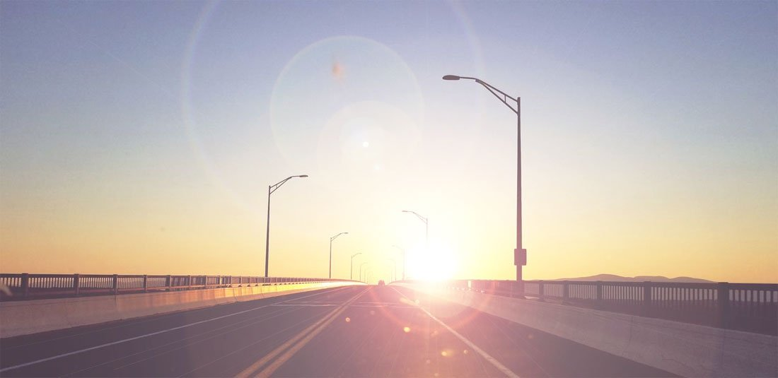 Driving with glare from direct sunlight